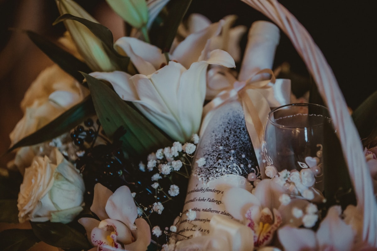 champagne, wicker basket, white wine, roses, white flower, arrangement, romantic, lily, bouquet, flower