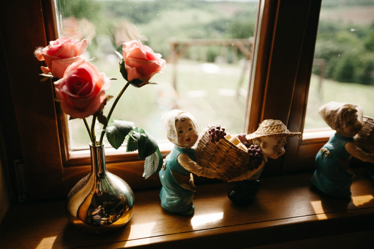 interior decoration, windows, roses, ceramics, figurine, vase, flower, window, portrait, still life