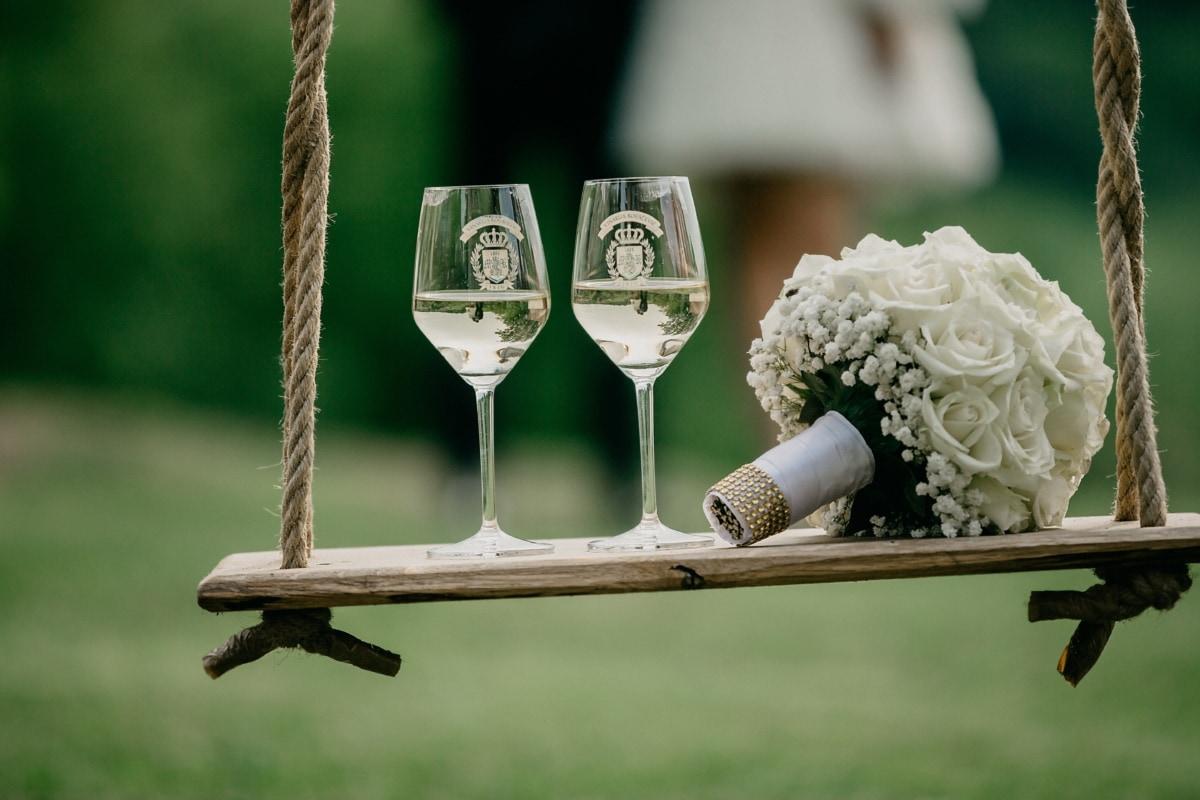 champagne, white wine, wedding bouquet, swing, decorative, rope, hanging, love, symbol, wine