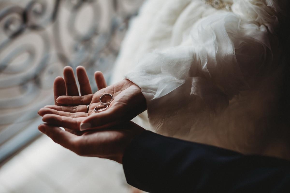 bride, holding, wedding ring, hand, woman, girl, groom, love, man, light