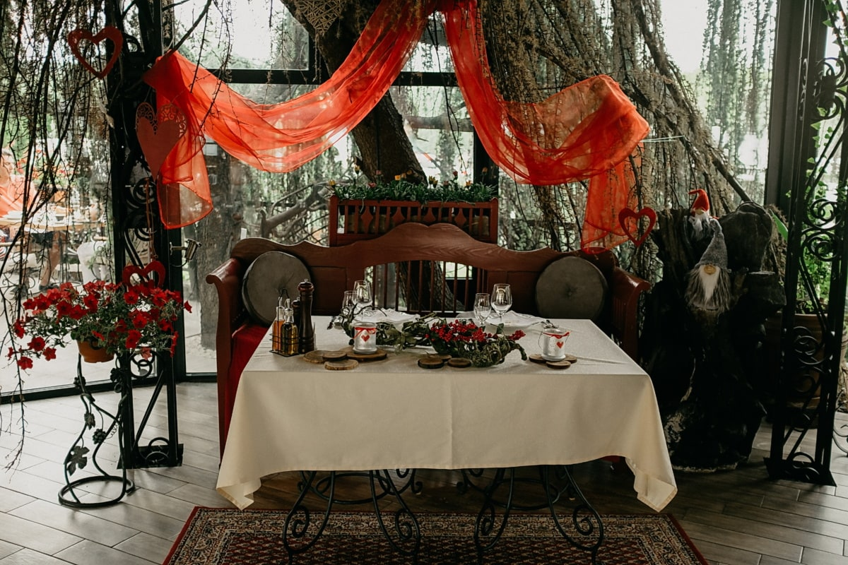 ロマンチックです, カフェテリア, レストラン, ダイニング エリア, 家具, 結婚式, テーブル, カーテン, 椅子, 部屋