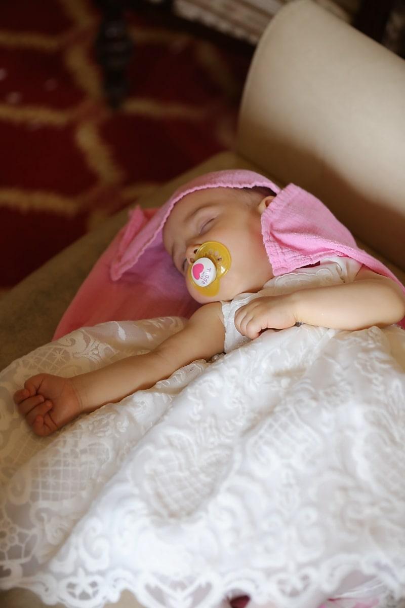 belle au bois dormant, bébé, dormir, enfant, joli, couverture, couche-culotte, jeune fille, vêtement, lit