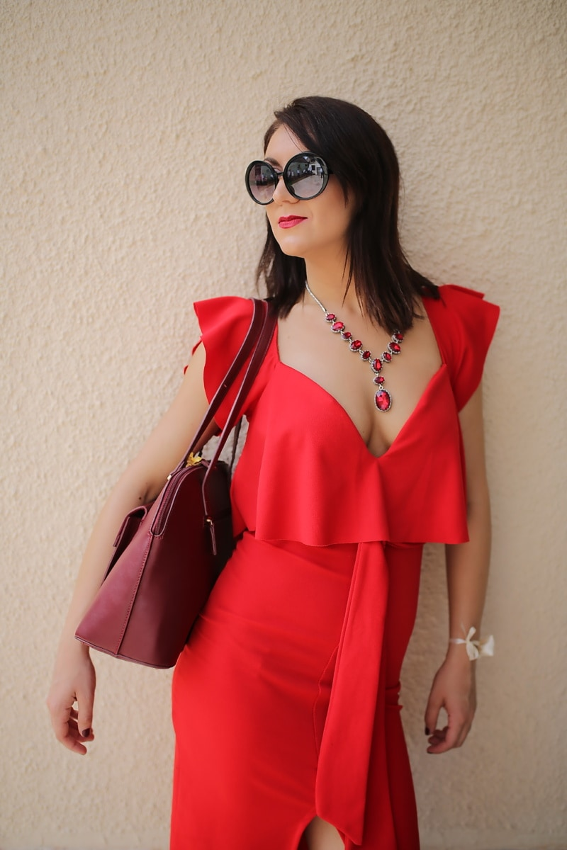 glamour, red, dress, style, fashion, pretty girl, sunglasses, girl, woman, model