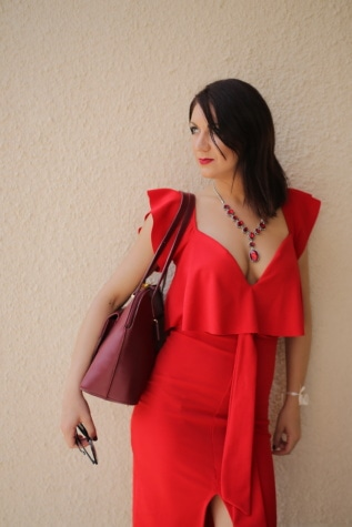 bella ragazza, vestito, rosso, collana, morettina, in posa, moda, bella, donna, attraente