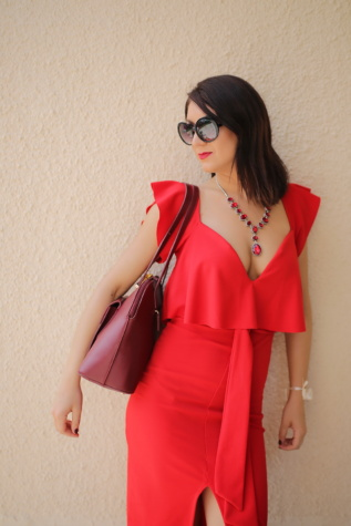 élégant, rouge, robe, modèle photo, lunettes de soleil, Svelte, Beau, magnifique, posant, modèle