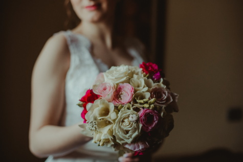 wedding bouquet, wedding dress, bride, romantic, vintage, decoration, flower, arrangement, rose, woman
