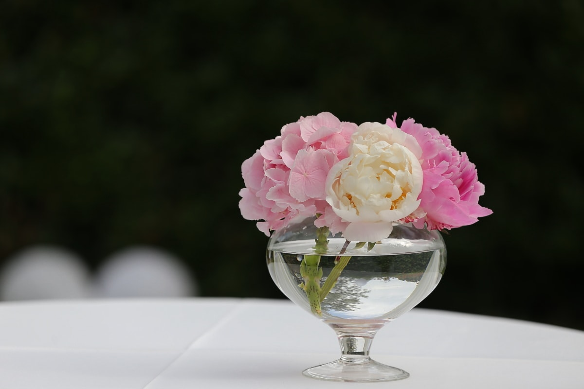 bouquet, pinkish, roses, fresh water, crystal, vase, rose, arrangement, pink, elegant