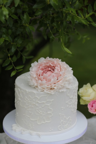 wedding, wedding cake, dessert, cream, flower, rose, marriage, love, romance, celebration