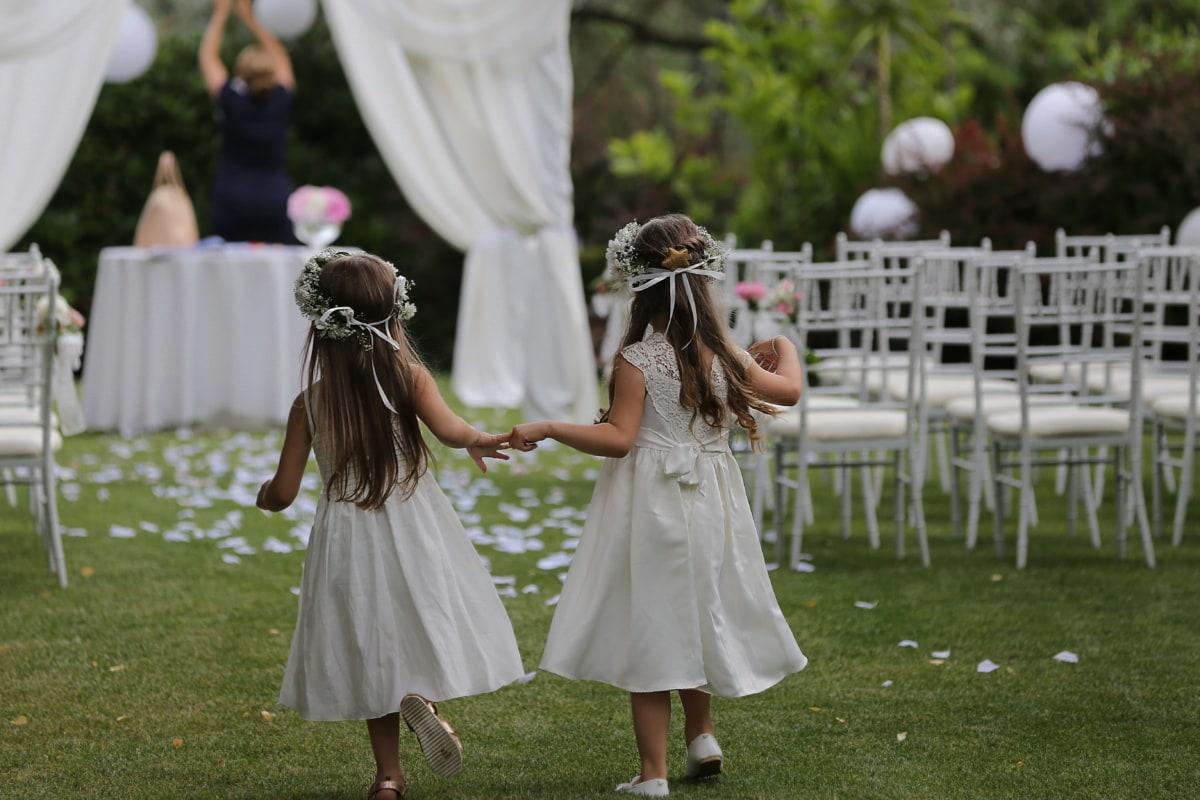 Mädchen, Hochzeitsort, Genuss, Hochzeit, glücklich, untergeordnete, Gras, Sommer, Spaß, Mädchen
