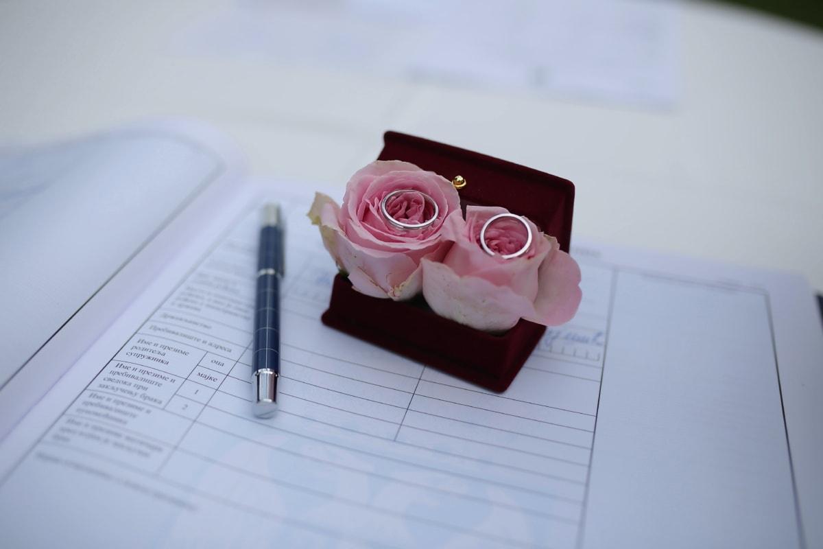 vihkisormus, asiakirja, paperi, lyijykynä, avioliitto, paperit, asetelma, kirjoittaminen, sisätiloissa, häät