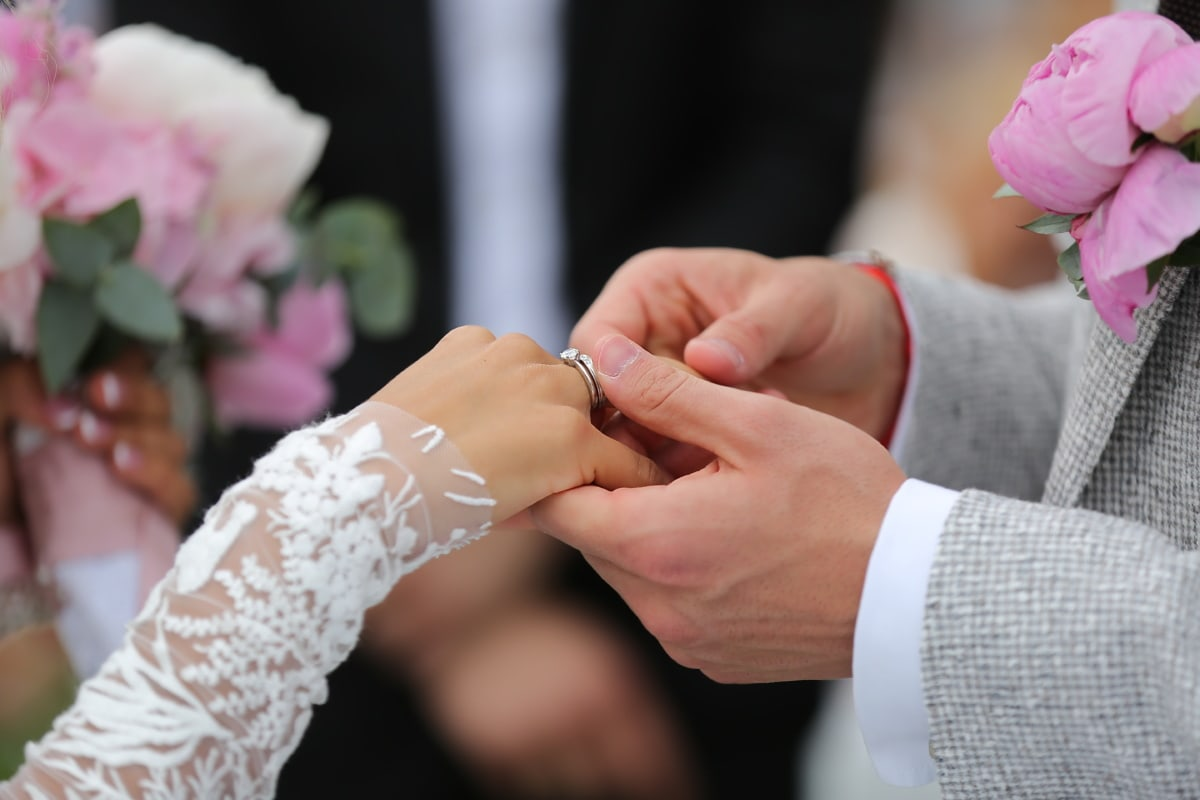 bague de mariage, mariage, jeune marié, mains, la mariée, femme, amour, mode, romance, élégant