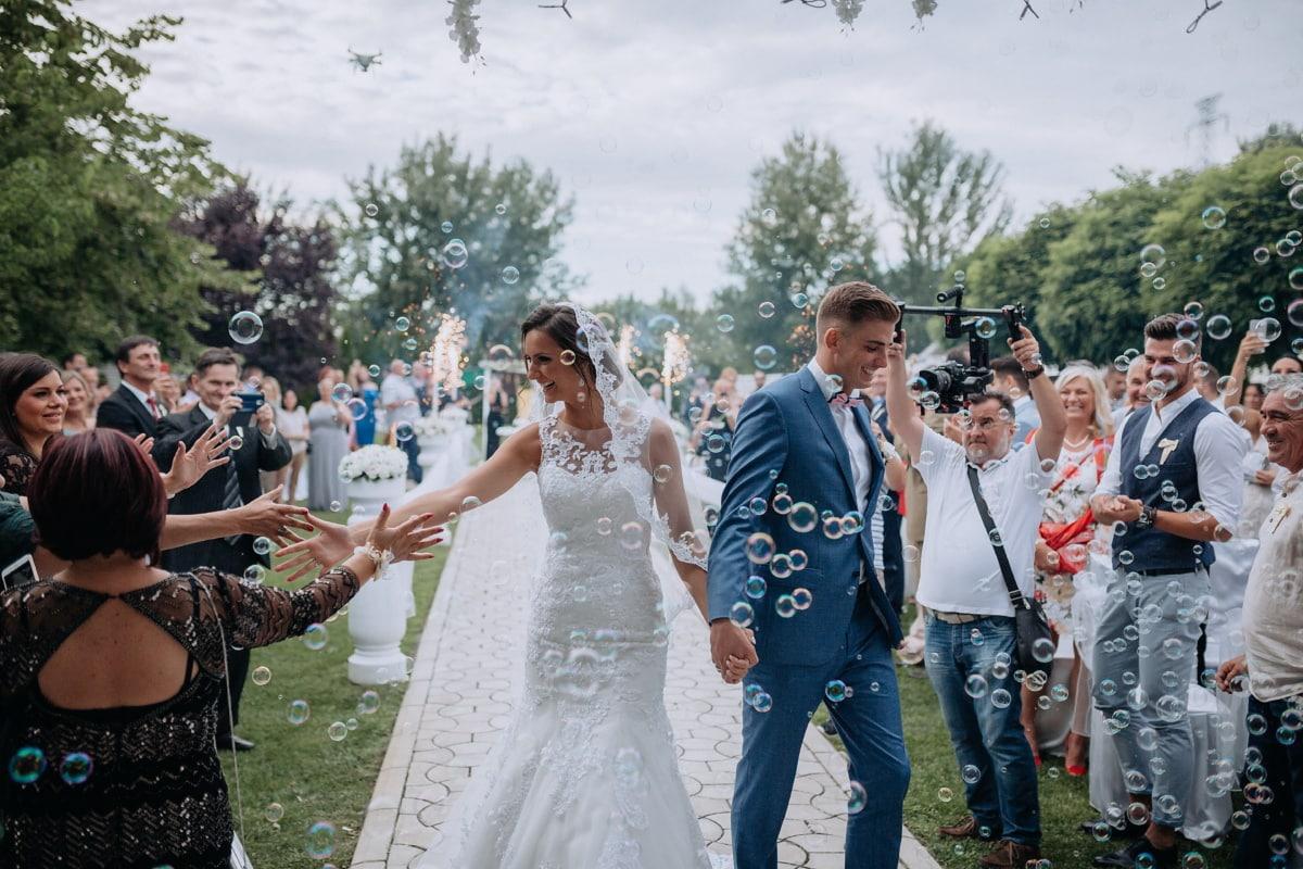 bride, newlyweds, groom, celebration, crowd, wedding, joy, bauble, people, applause