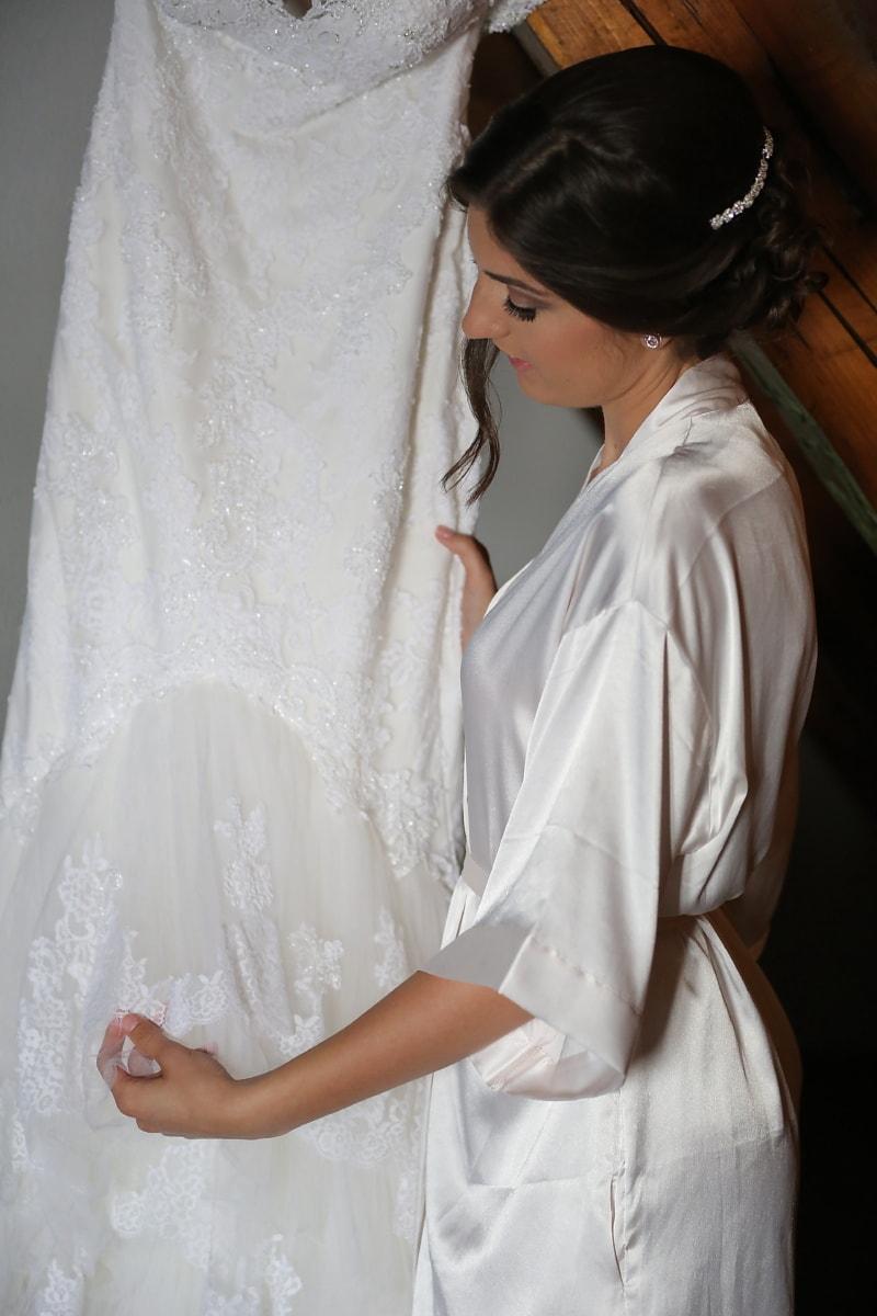 la mariée, à la recherche, robe de mariée, vêtements, robe, femme, robe, mariage, mode, voile