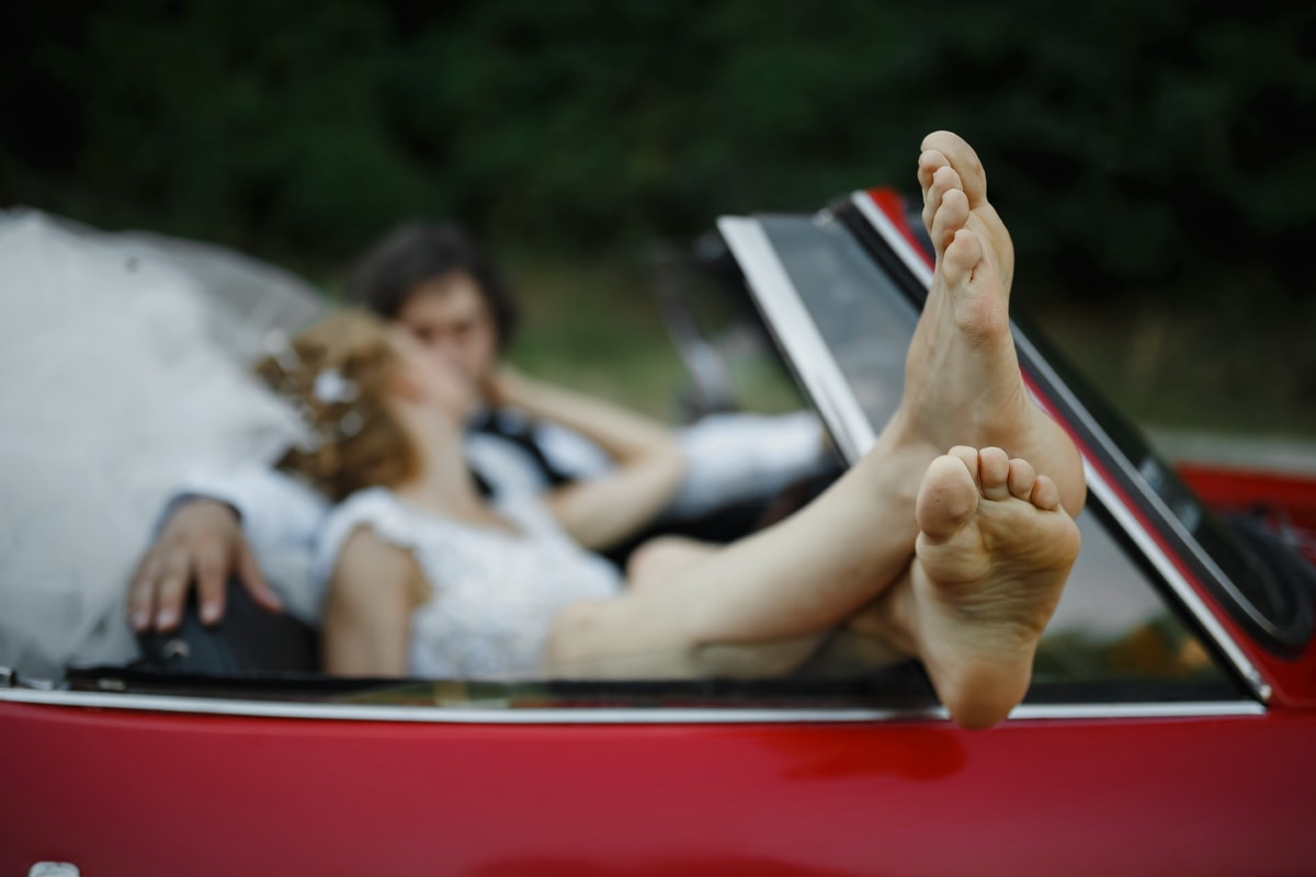 barefoot, legs, bride, just married, kiss, groom, car, convertible, outdoors, woman