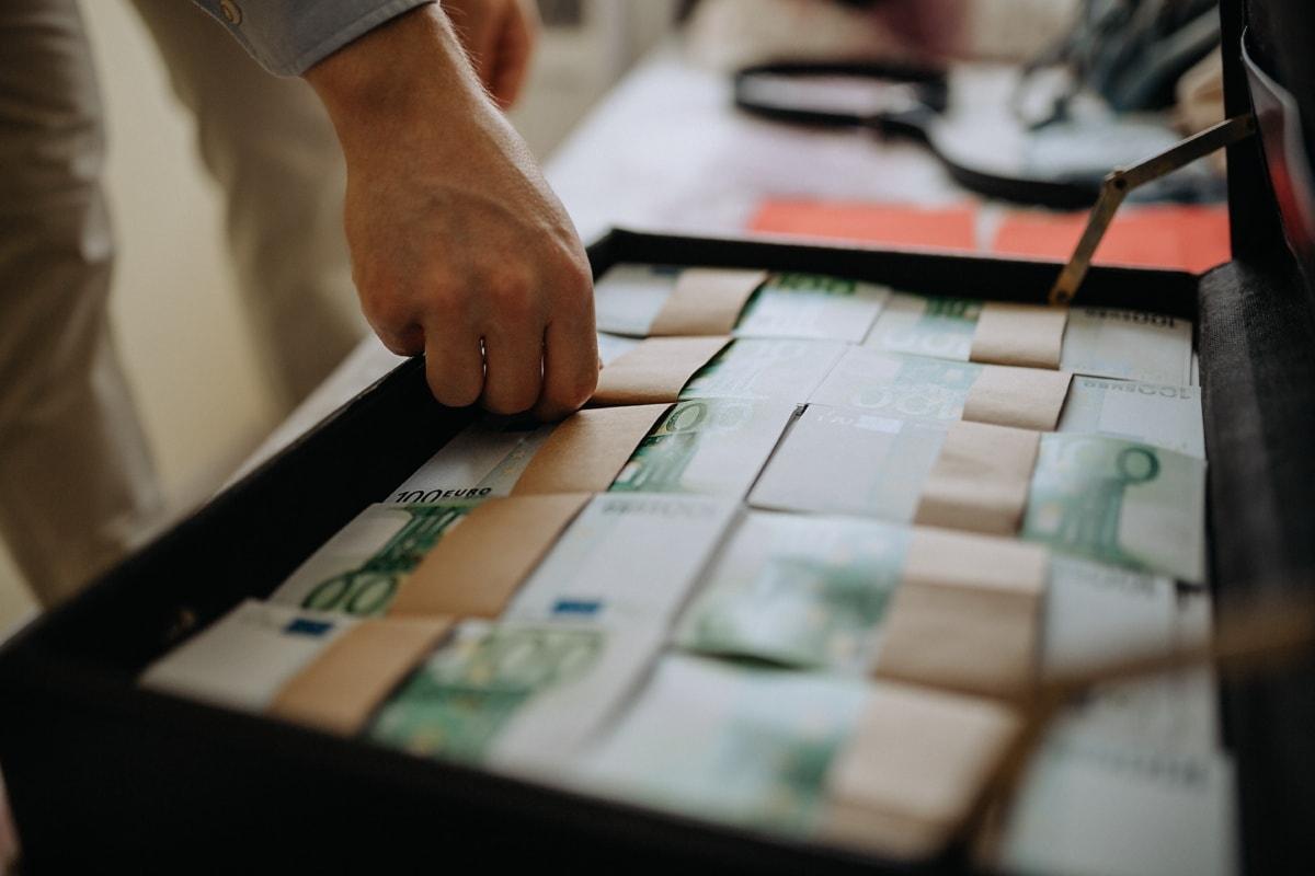 suitcase, banknote, business, money, businessman, office, indoors, blur, commerce, finance