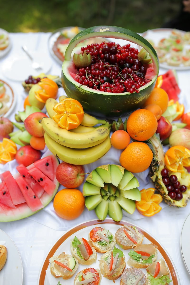 Kirschen, Wassermelone, Zitrus, Pfirsich, Ananas, Banane, Äpfel, Essen, Ernährung, Obst