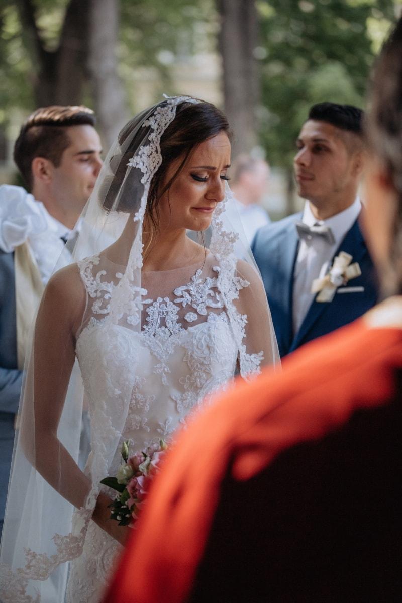 tristesse, la mariée, pleurs, cérémonie, voile, robe de mariée, robe, femme, couple, engagement
