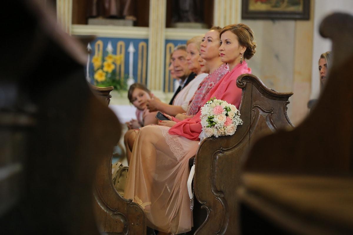 gens, assis, Église, catholique, mariage, femme, jeune fille, Portrait, à l'intérieur, jeune marié