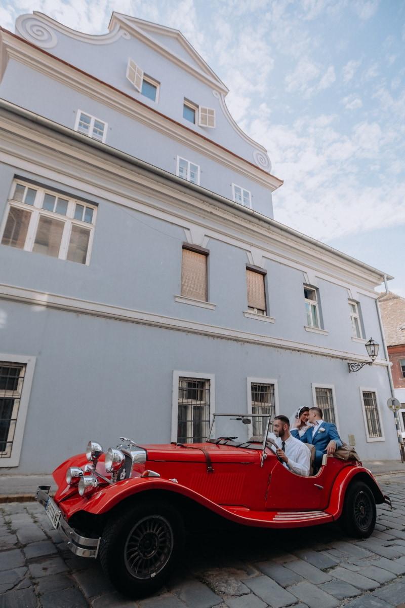 groom, bride, romantic, driving, car, nostalgia, sedan, oldtimer, architecture, building
