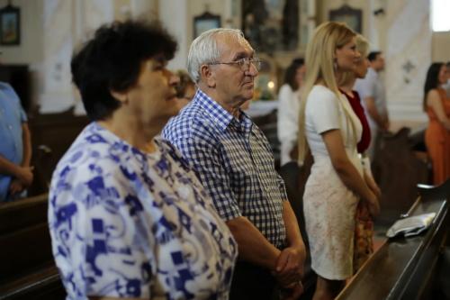 mensen, staande, kerk, man, vrouw, ouderen, Senior, portret, groep, binnenshuis