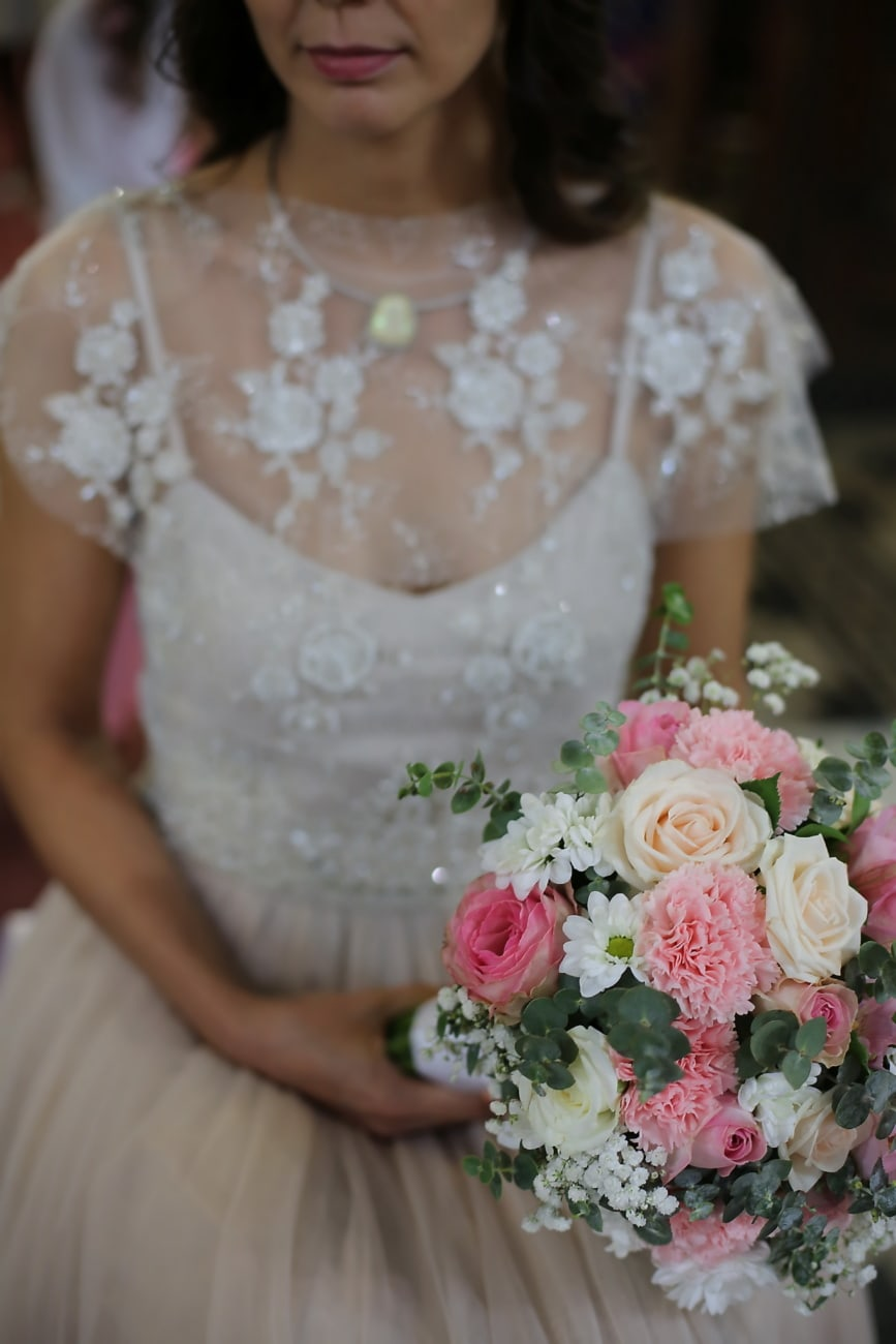 Hochzeitsstrauß, Braut, sitzen, Rosen, Anordnung, Blumenstrauß, Ehe, Hochzeit, Liebe, Dekoration
