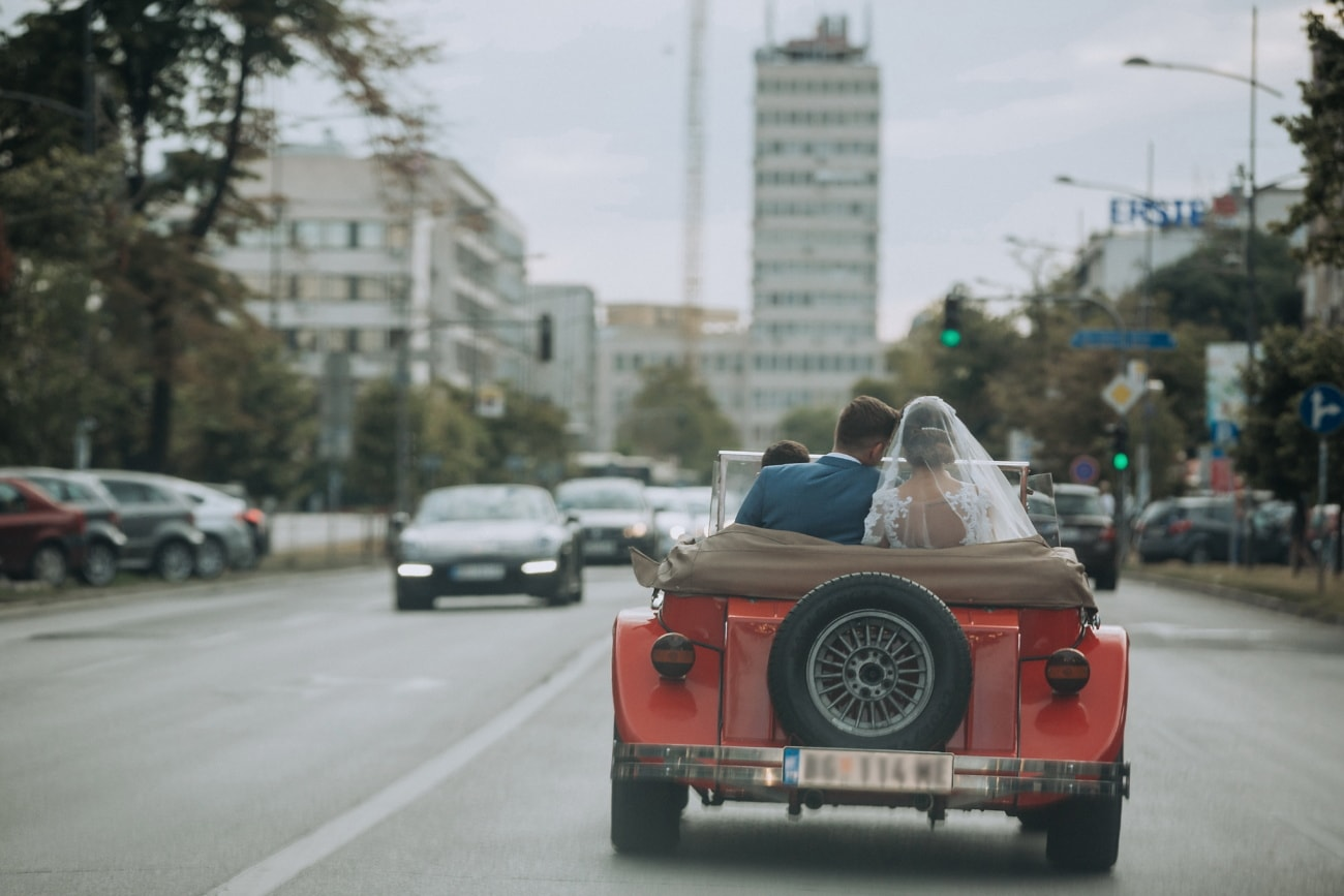 car, coupe, oldtimer, groom, newlyweds, bride, speed, automobile, street, drive