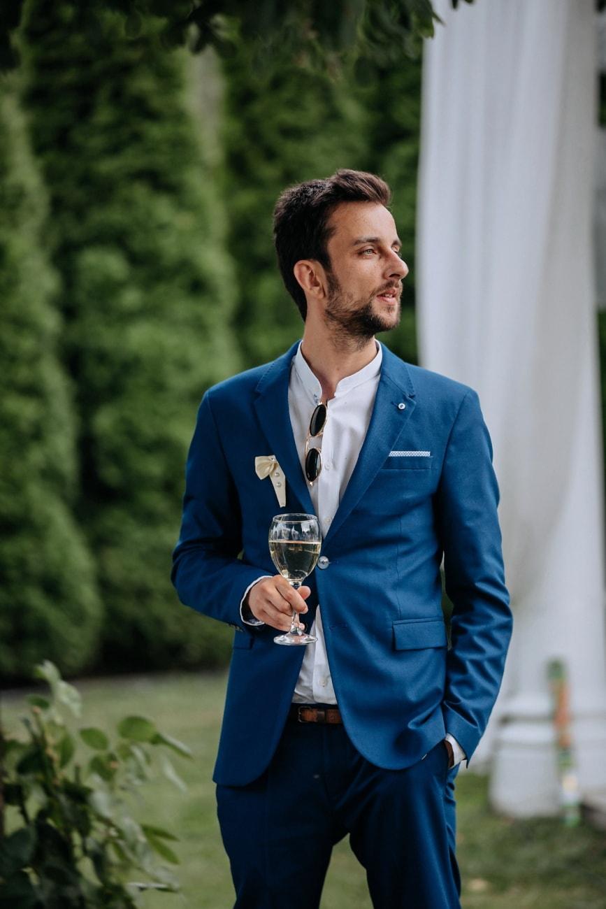 homme d'affaire, consommation d'alcool, vin blanc, champagne, personne, costume, professionnel, entreprise, Entreprise, exécutif