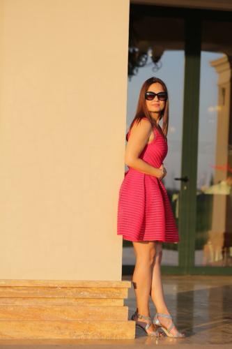 posant, Brunette, debout, rouge, robe, femme, mode, jeune fille, Portrait, modèle
