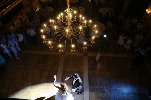 groom, bride, spotlight, just married, dance, dancing, restaurant, fancy, light, chandelier