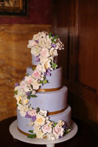 pastel de boda, profesional, decoración, rosas, púrpura, crema, boda, vaso, flor, romance
