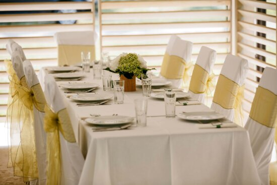 table, chairs, elegant, tablecloth, empty, luxury, interior design, furniture, house, decor