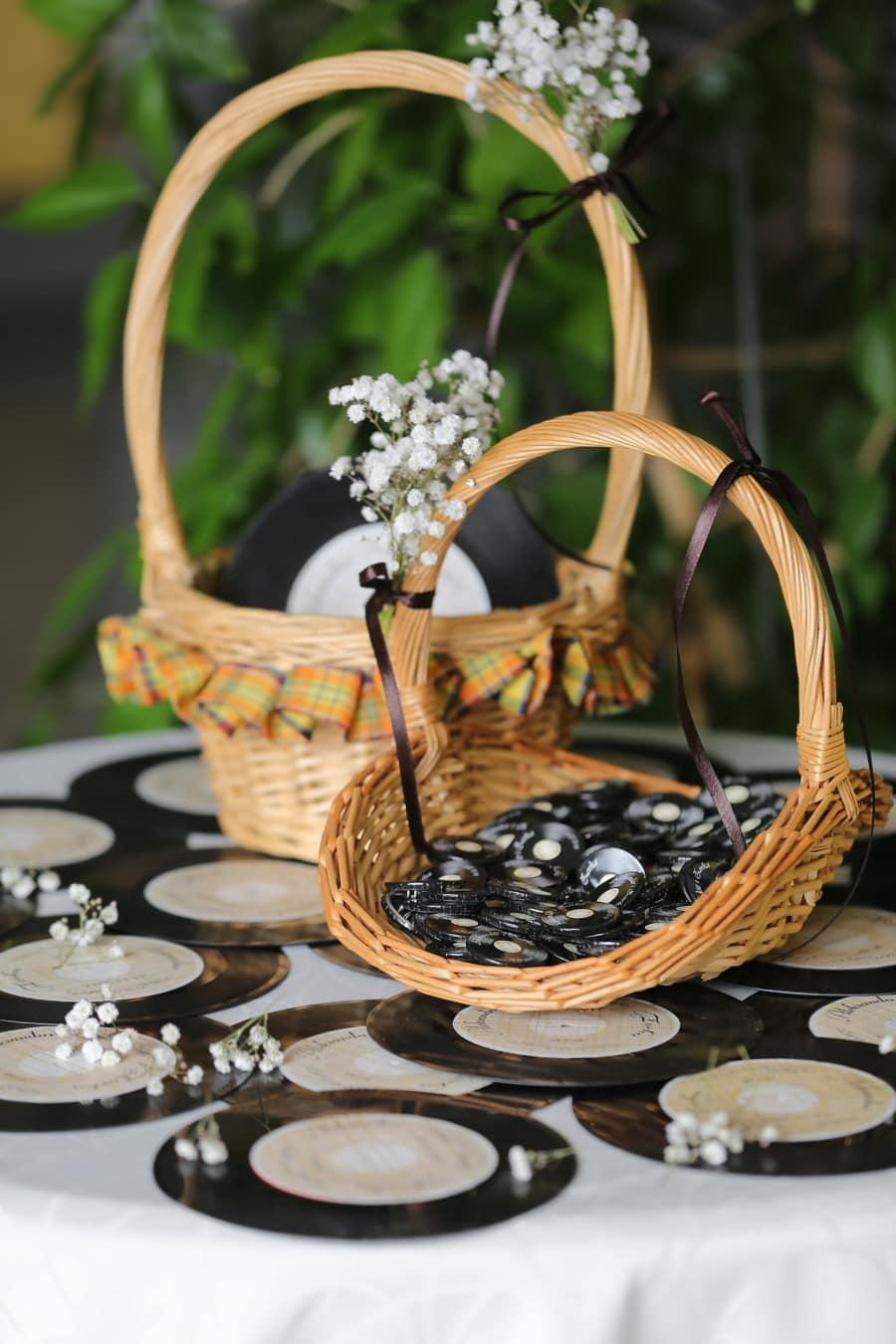 minimalism, memorabilia, vinyl plate, miniature, nostalgia, wicker basket, decoration, arrangement, wood, basket