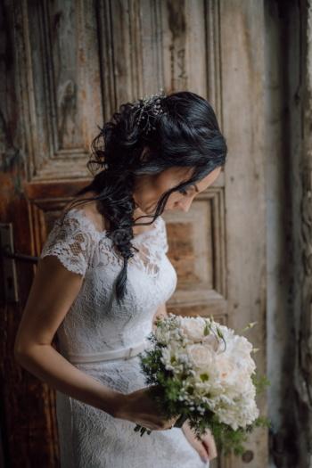 bellissima, fascino, bella ragazza, ingresso, porta d'ingresso, vestito da sposa, sposa, moda, vestito, fiori