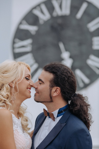 beard, handsome, businesswoman, kiss, pretty girl, gorgeous, woman, groom, love, man