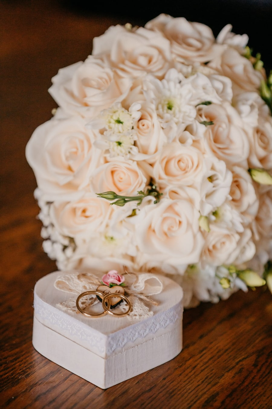heart, wedding ring, golden glow, box, wedding bouquet, gifts, elegant, bouquet, flower, arrangement