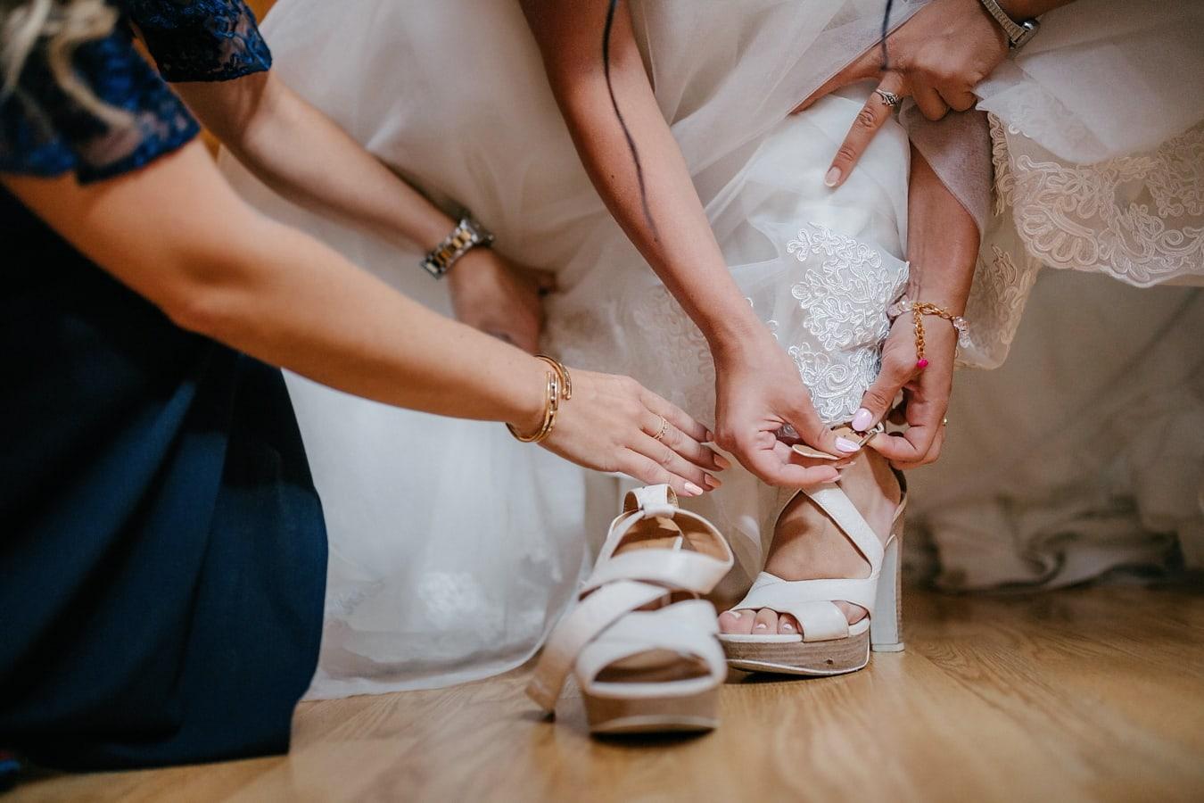 sandale, blanc, fantaisie, robe de mariée, bracelet, mains, bijoux, jeune fille, femme, la mariée