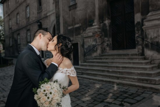 professional, wedding, picture, woman, groom, bouquet, dress, bride, marriage, couple