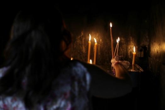 preghiera, candele, religione, a lume di candela, candela, fuoco, luce, fiamma, Scuro, spiritualità