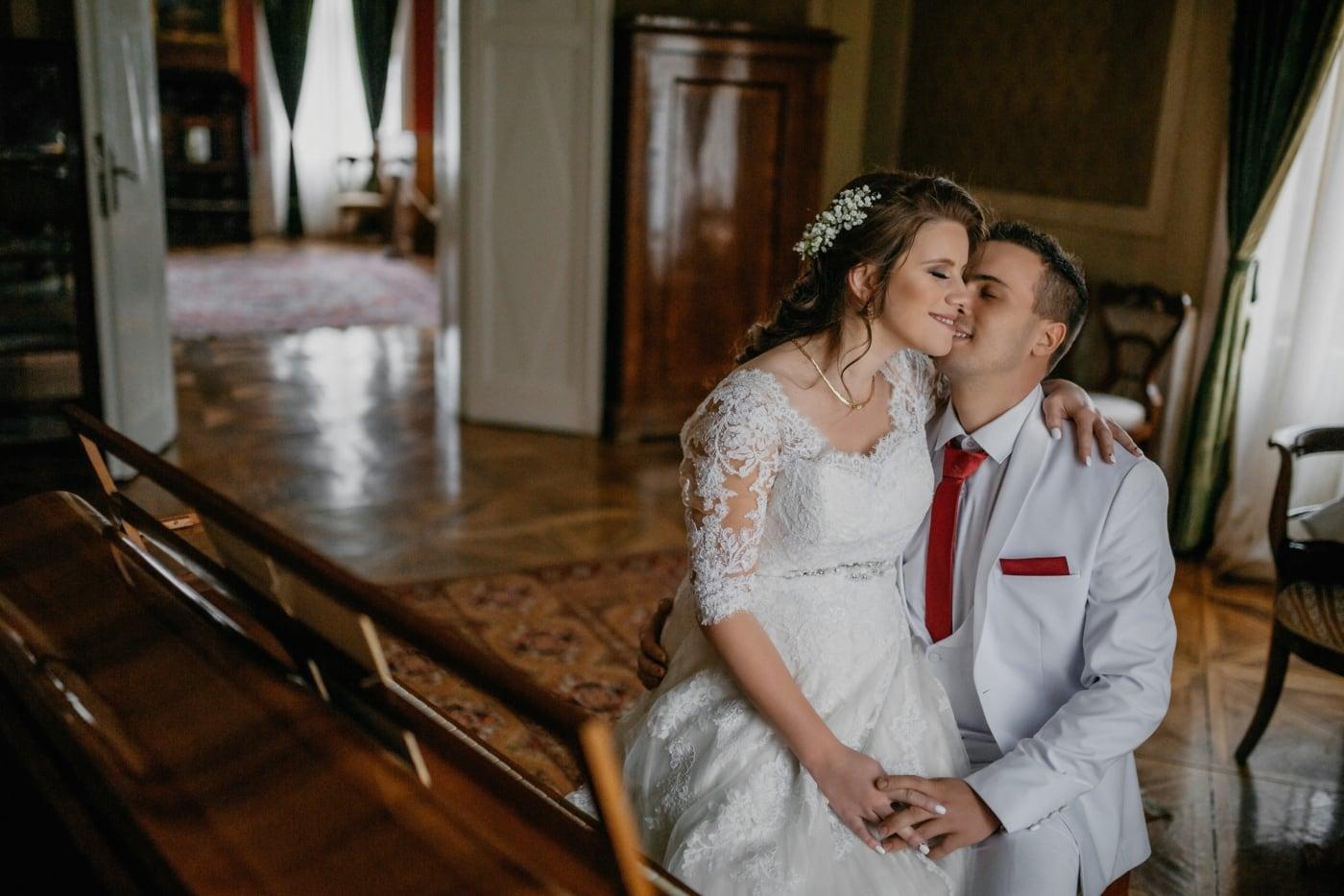 groom, piano, bride, pianist, love, kiss, hugging, woman, people, wedding