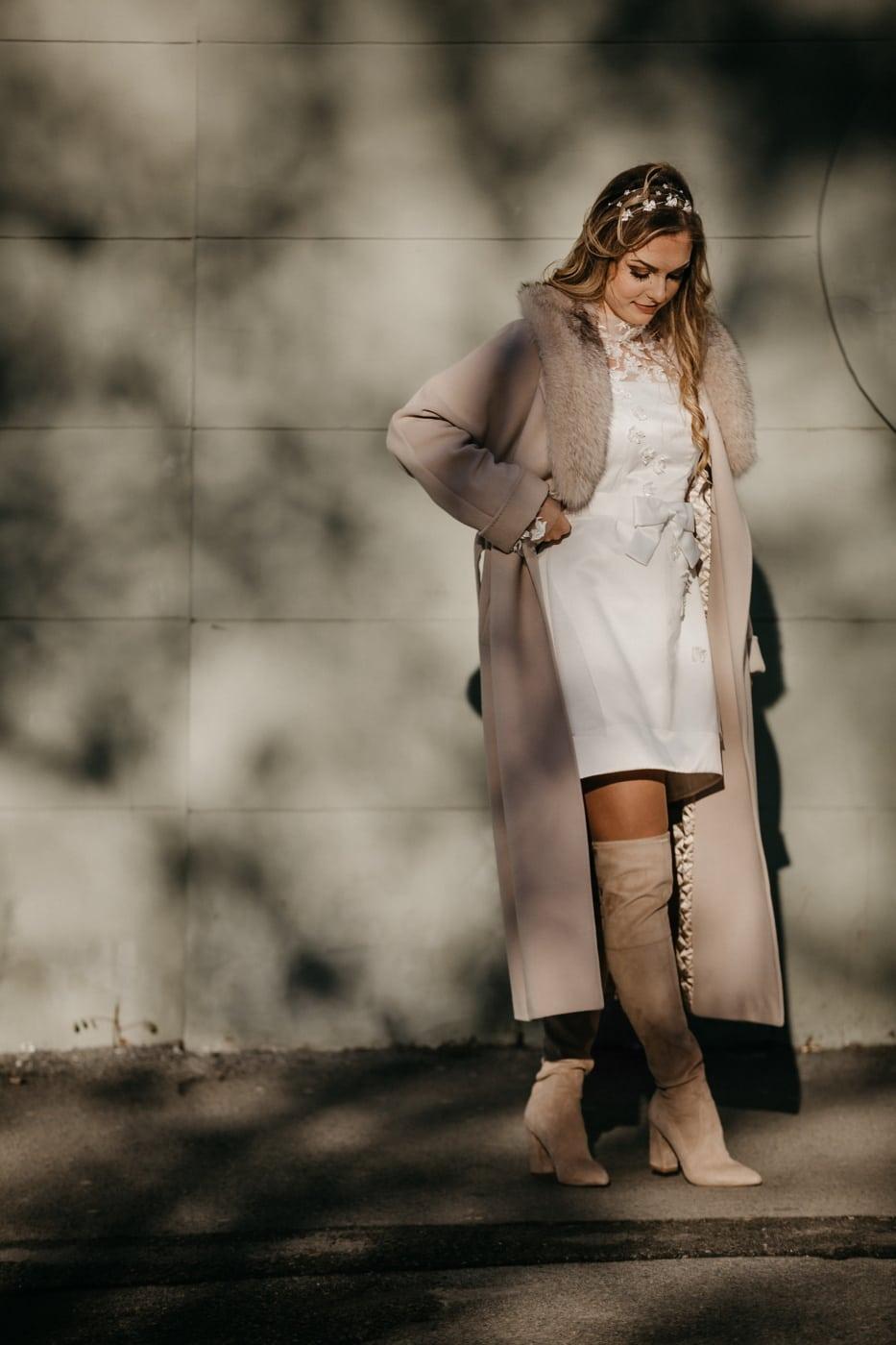 wait, alone, gorgeous, pretty girl, coat, glamour, fashion, model, girl, skirt