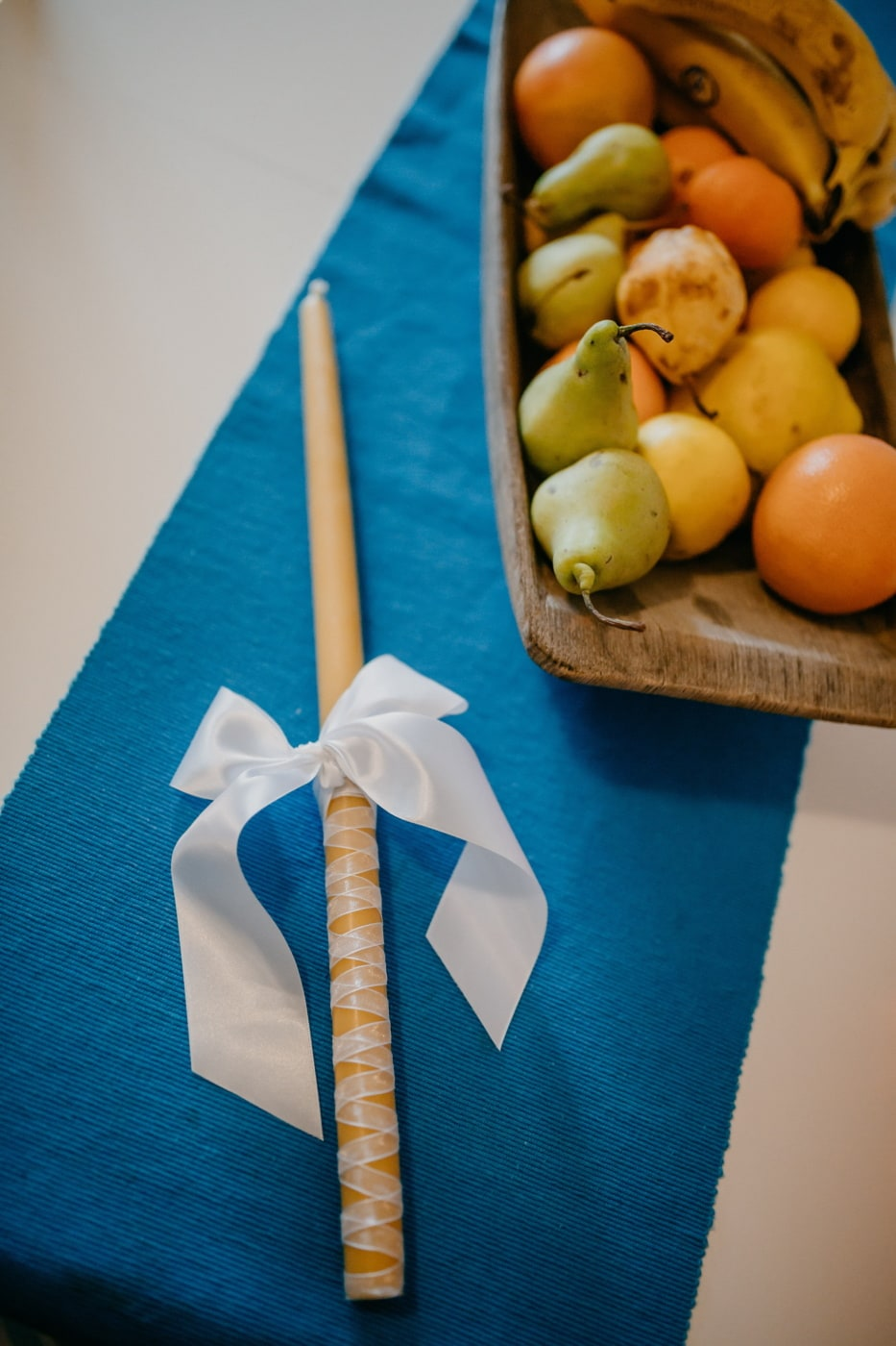 candle, yellowish, decoration, ribbon, banana, bowl, mandarin, pears, fruit, fresh