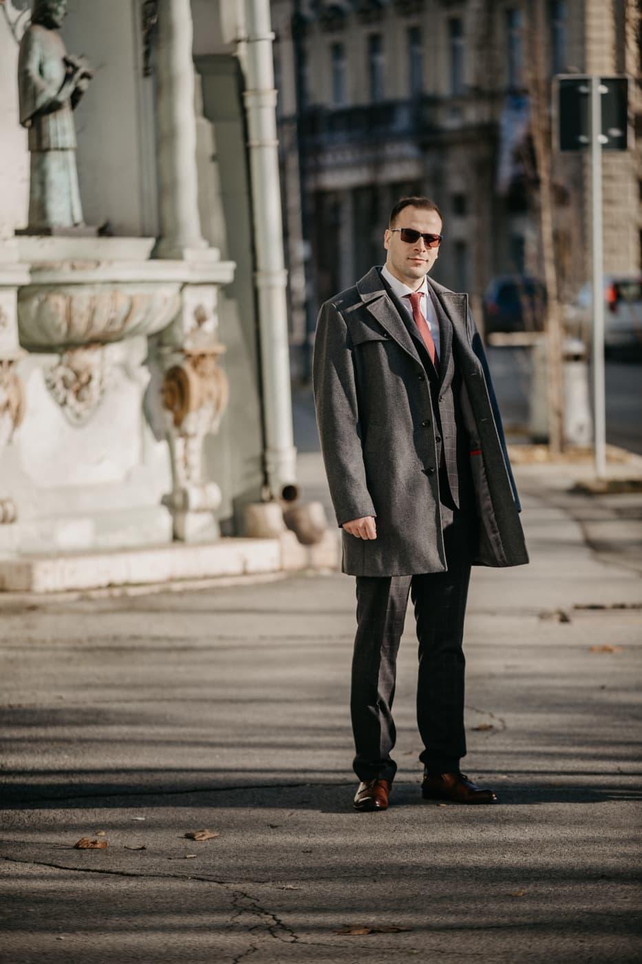 homme d'affaire, réussie, confiant, homme, Outfit, mode, rue, Portrait, Ville, urbain