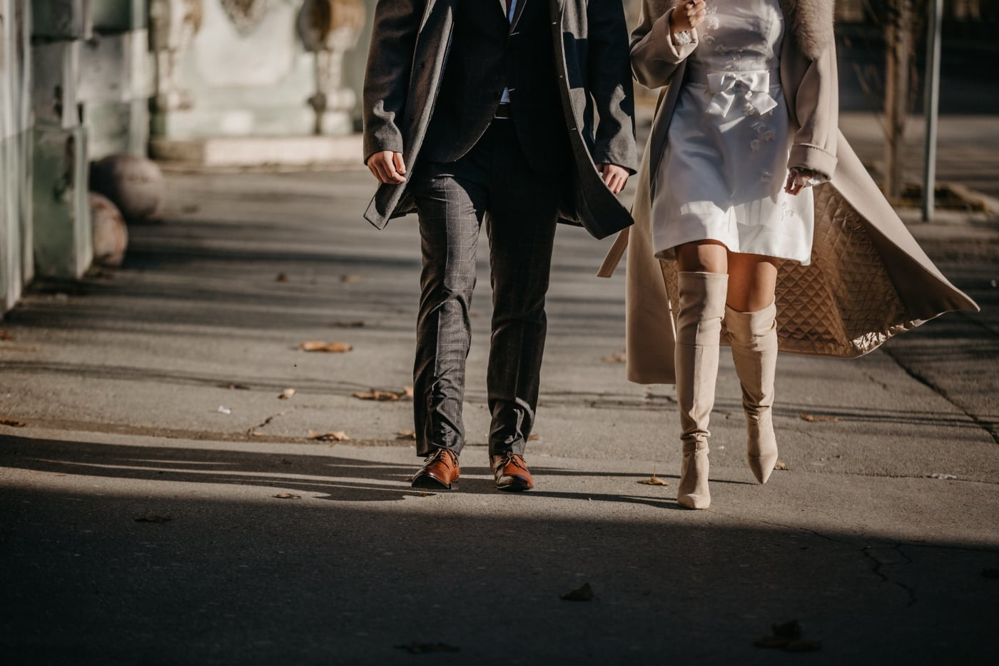 business, outfit, fashion, man, businesswoman, walking, shoes, girl, people, street
