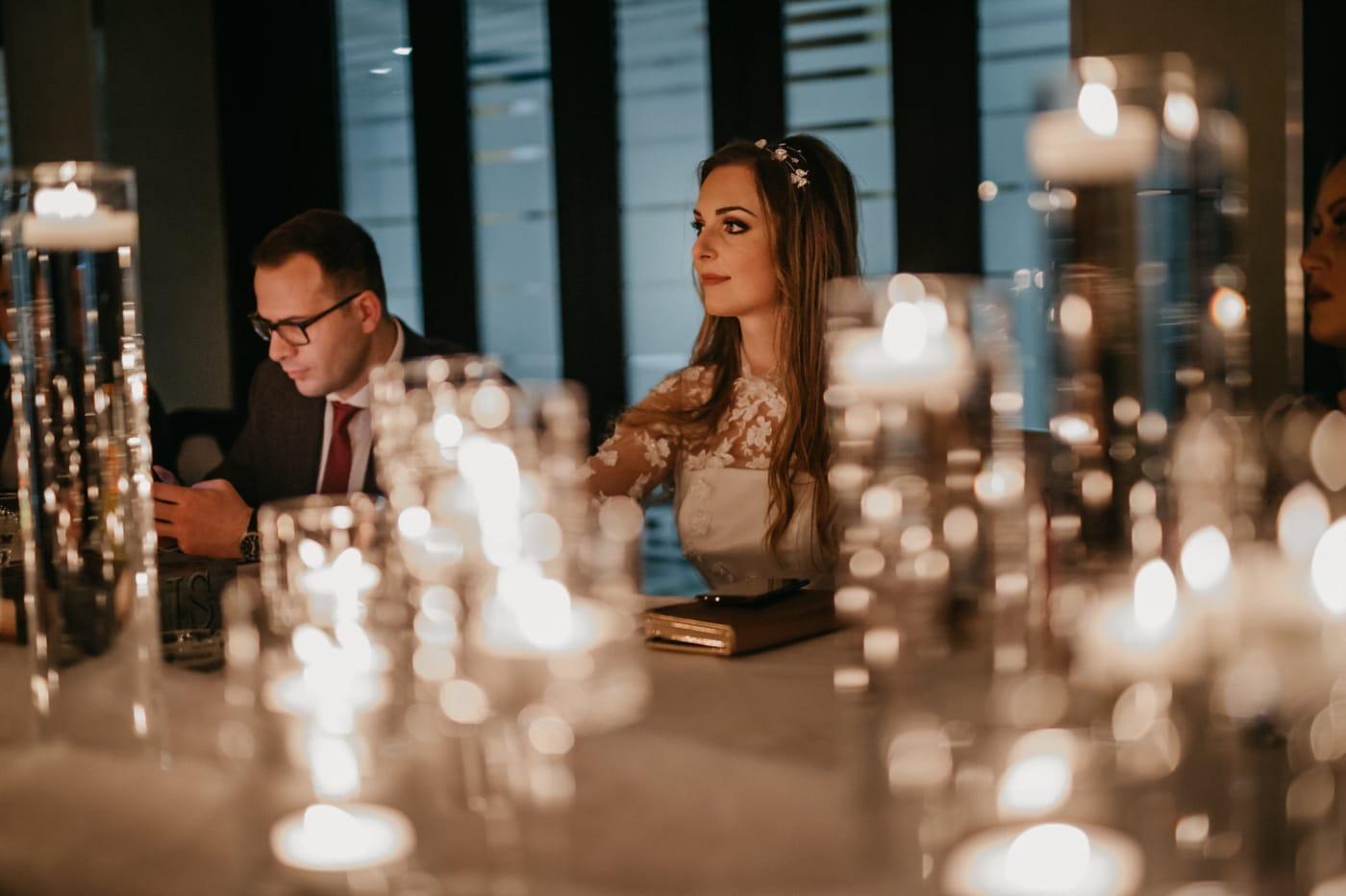 middagsbordet, romantisk date, stearinlys, levende lys, romantisk, kjæreste, kjæreste, par, kvinne, mann
