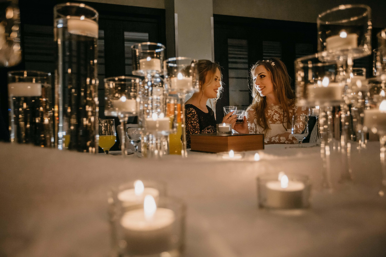 Ночной клуб стол фото клубы ночные в городе семей