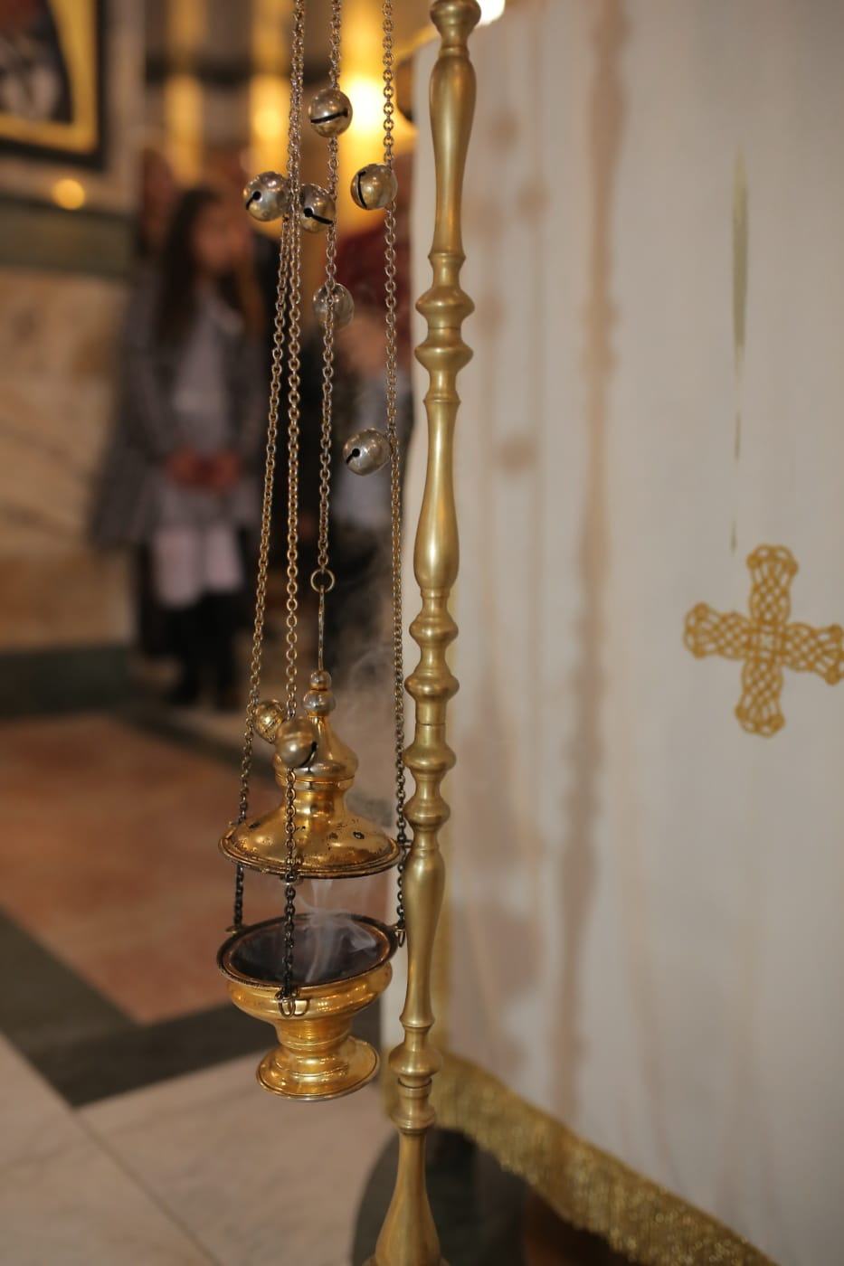 metal, brass, object, religious, chain, attachment, antique, old, indoors, traditional
