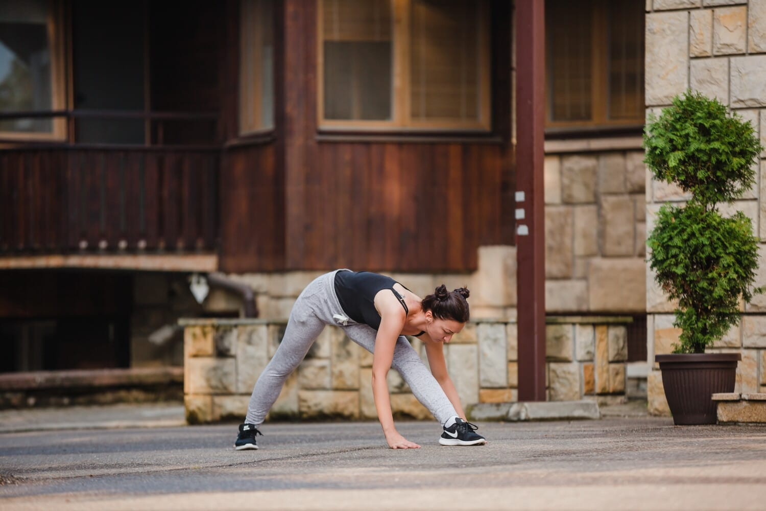 young woman, athletic, fitness, exercise, motion, urban area, sport, street, portrait, architecture