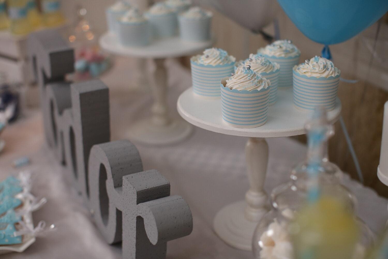 birthday, party, cupcake, tableware, table, indoors, interior design, elegant, still life, contemporary
