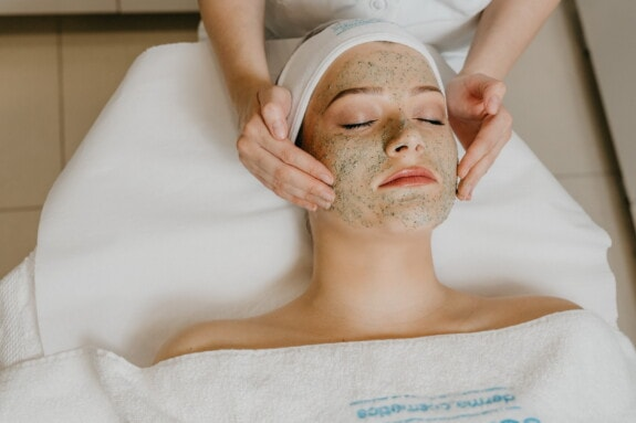pen jente, spa-senter, massasje, ansikt, beautician, velvære, ansikts, terapeutiske, terapi, liggende