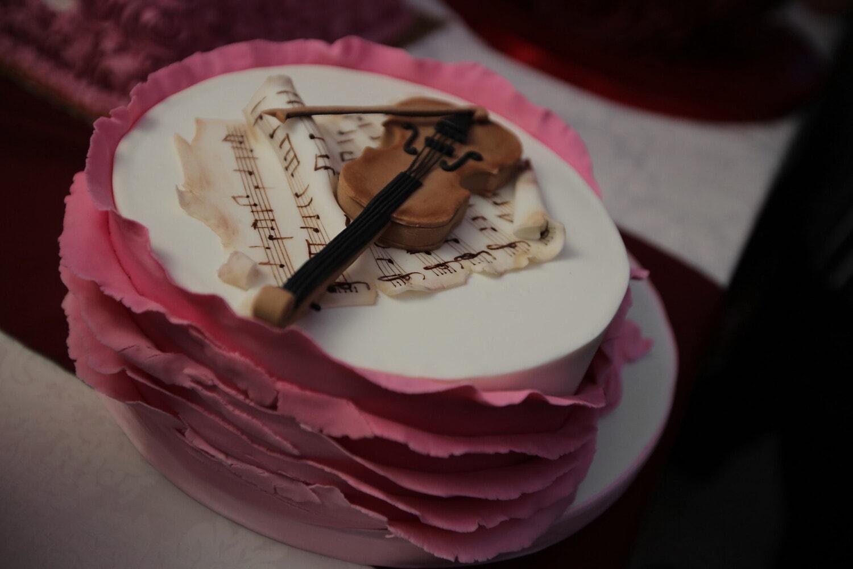 Geschenke, romantische, Melodie, handgefertigte, Geige, Kuchen, Creme, Hochzeit, Dessert, Schokolade